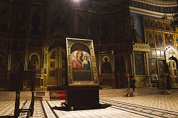 В Новосибирске тысячи паломников приложились к чудотворной иконе Казанской Божией Матери
